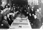 Bundesarchiv Bild 183-R92623, Brest-Litowsk, Waffenstillstandsabkommen