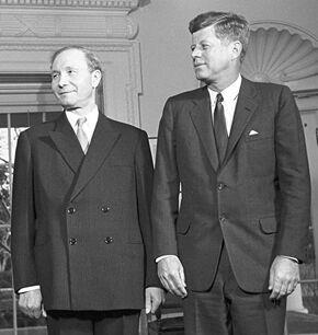 Кузнецов и Кеннеди