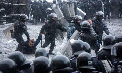 Boycy berkuta izvinilis za izbieniya demonstrantov vo vremya akciy protesta na maydane