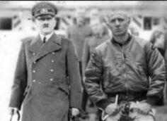 HitlerundZukunftsnazi1945