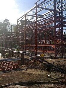 File:Thirteen construction.jpg