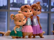 The Chipettes agree to help Alvin
