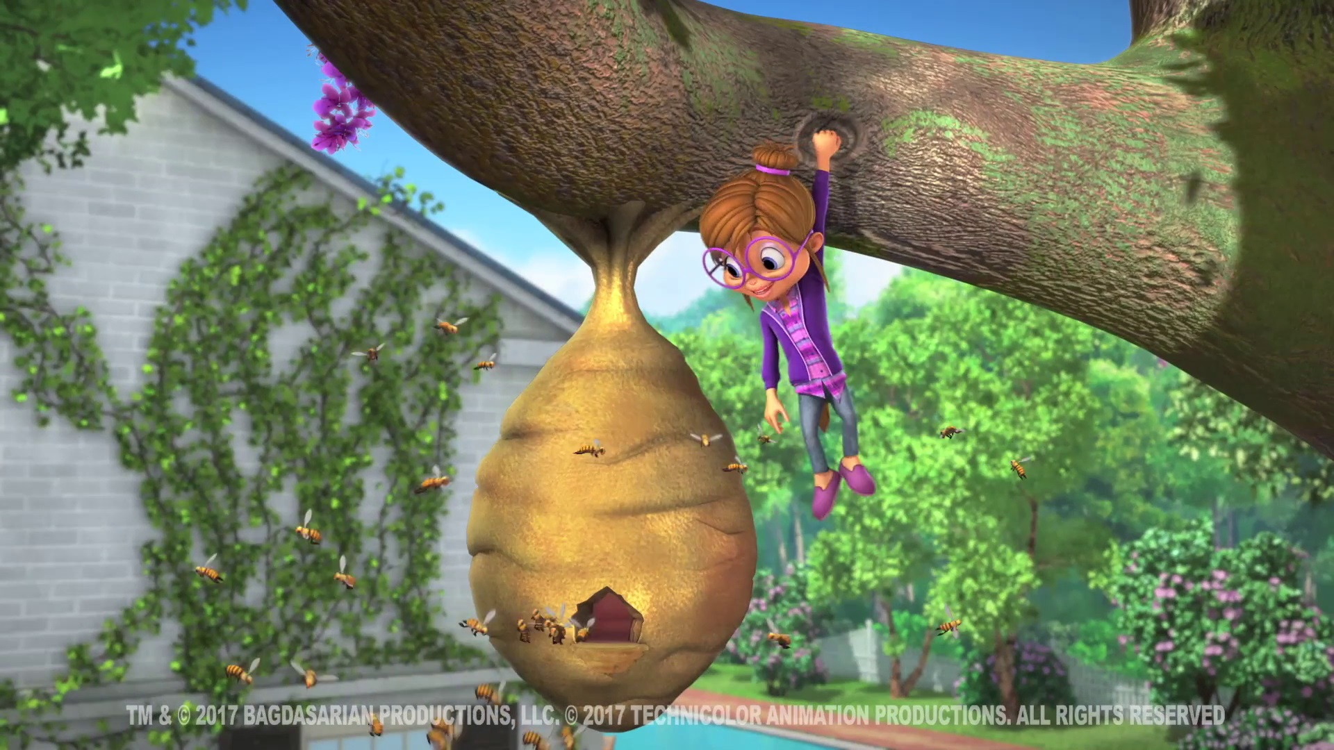 Alvin And The Chipmunks Alvin And Brittany queen bee | alvin and the chipmunks wiki | fandom