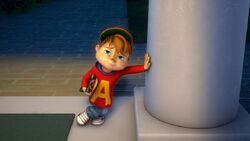 Alvin Holding Skateboard