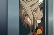 Isuzu agradeciendole a Seiya