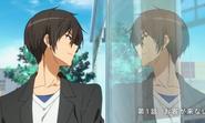 Seiya kanie mirandose en el vidrio
