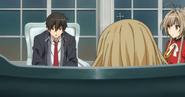 Seiya hablando con isuzu y latifah
