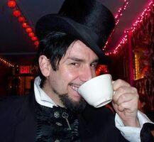 Voltaire-teacup