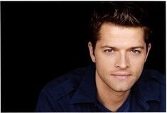 Misha-Collins-Castiel-supernatural-2455195-450-306