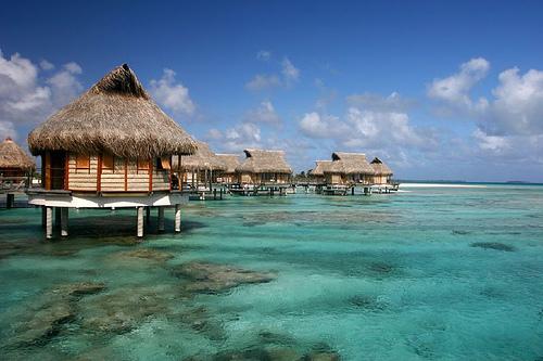 File:Tikehau, archipel des Tuamotus.jpg