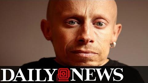 Verne Troyer, Mini Me in 'Austin Powers,' dead at 49