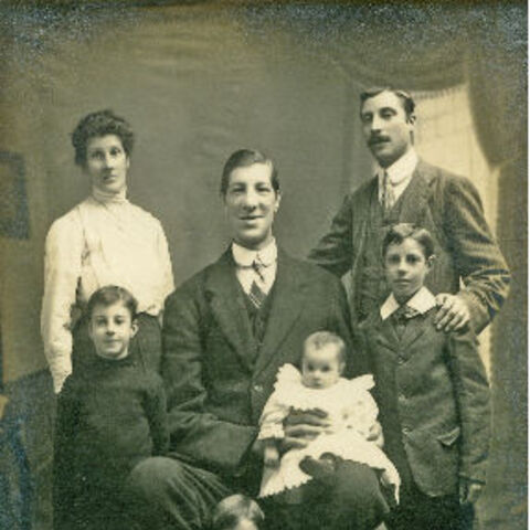 Kempster and his children.