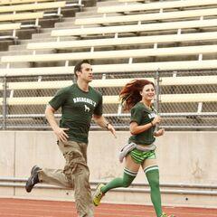 Brendon & Rachel running to the starting line.