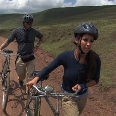 Vanessa &amp; Ralph bicyling to their next clue during the <a href=