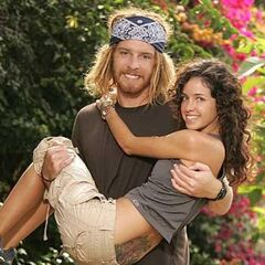 TK & Rachel's alternate promotional photo for <i>The Amazing Race</i>.