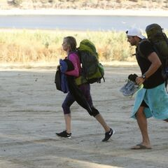 Laura &amp; Tyler begin the <i>The Amazing Race</i>.