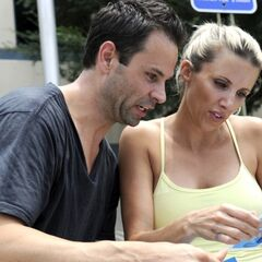 Jeremy & Sandy reading their final clue.