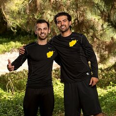 Leo & Jamal alternate promotional photo for <i>The Amazing Race: All-Stars</i>