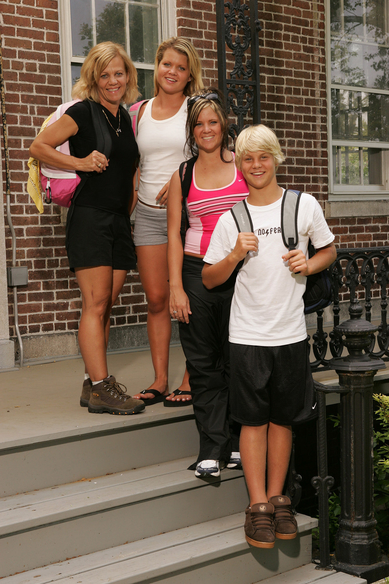 Weaver Family The Amazing Race Wiki Fandom Powered By Wikia