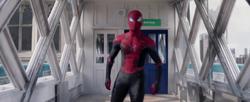 Peter Parker se enfrenta a Quentin Beck - The Amazing Spider-Man 3 still promocional