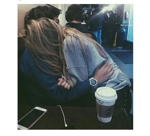 File:1bdb5b8882d019873f9d6189a5d68e7e--cuddles-couples-cute-couples.jpg