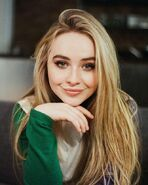 Sabrina-Carpenter -Ryan-Parker-Photoshoot-2017--04-662x827