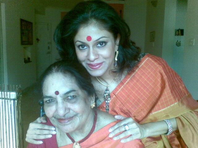 File:Maya with Madhu - Mother-Daughter duo.jpg