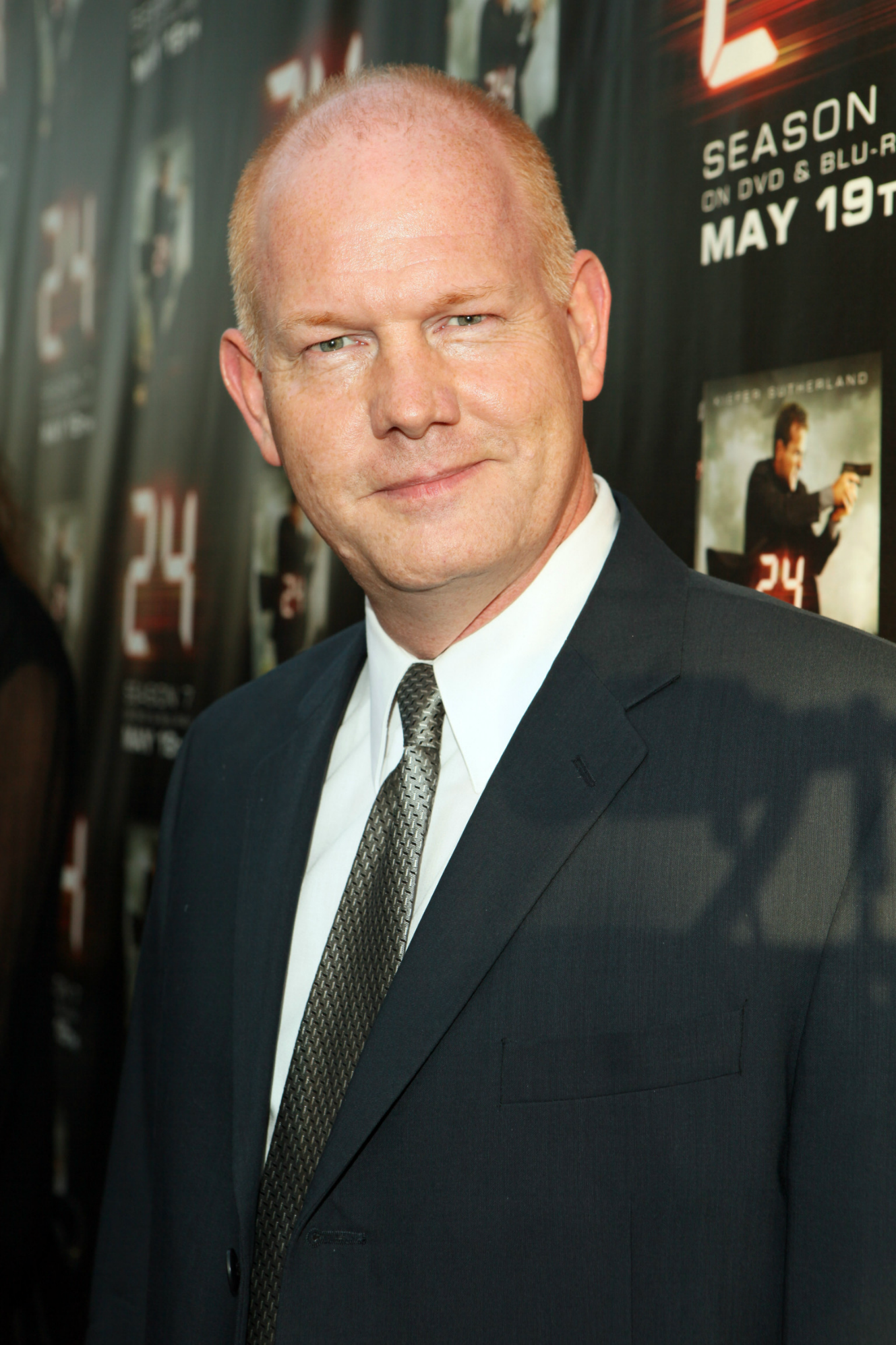 Glenn Morshower general
