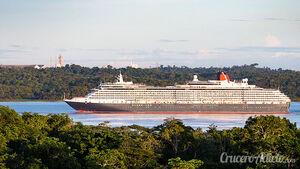 Queen-Victoria-por-el-río-Amazonas-02
