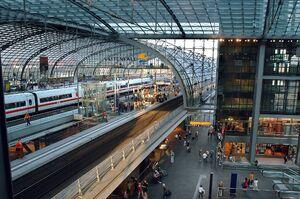 Hauptbahnhof peron