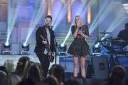 American-Idol-2016-Spoilers-Idol-Duets-Olivia-Rox-and-David-Cook-Performance-500x333