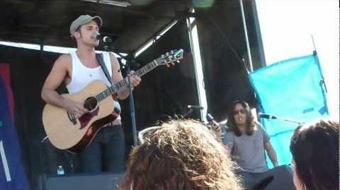Kris Allen - Shut That Door - Las Vegas 4-21-2012