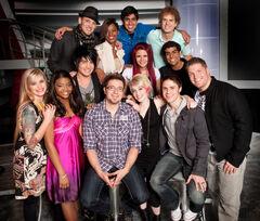 American-idol-season8-top13-2009