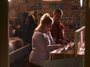 Pryor-Knowledge-1x04-american-dreams-13745634-640-480