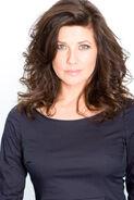 Daphne Zuniga2
