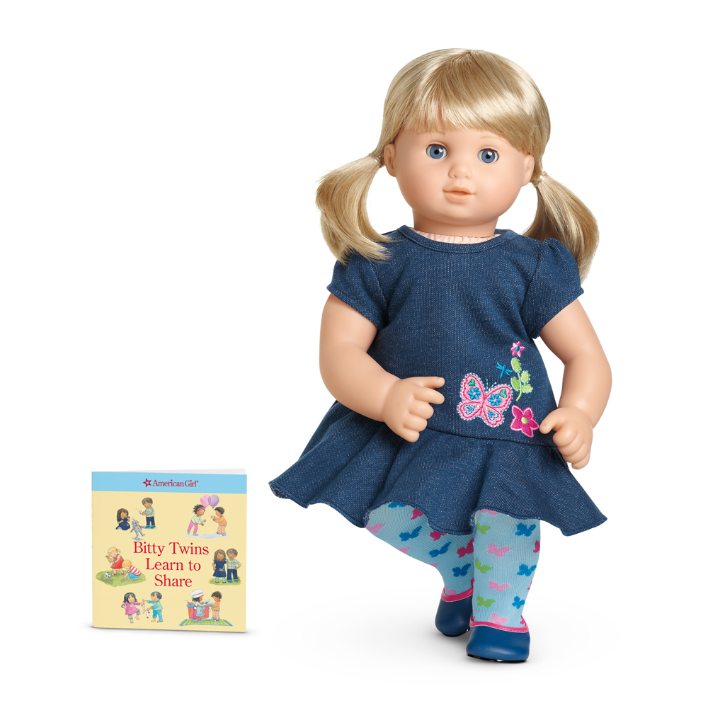 garden play outfit american girl wiki fandom powered by wikia. Black Bedroom Furniture Sets. Home Design Ideas