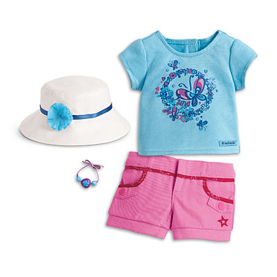 607b527c4 Tee, Shorts, Hat and Bracelet Set | American Girl Wiki | FANDOM ...