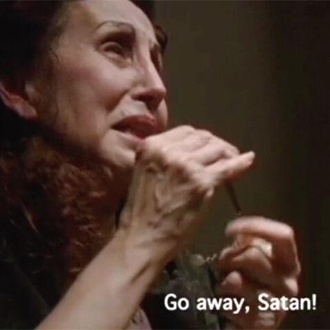 Мексиканка пытается изгнать дьявола