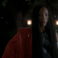 Marie Laveau looking to form an alliance with Fiona