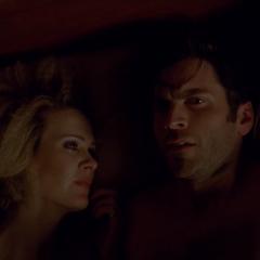 Джон и Салли в одной постели. <small>(«<a href=