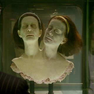 Бетт и Дот в фантазиях Стэнли.