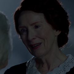 Moira finds peace and reunites with her mother