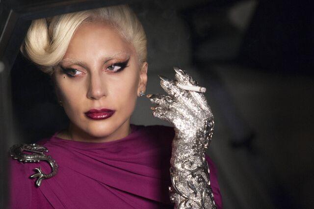 File:S5 Promo Still Countess in purple.jpg