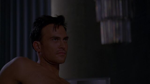 File:S05E06 Will smirking at Tristan.jpg