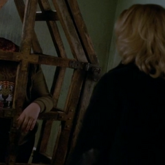 Headless Delphine Lalaurie in the cage