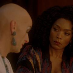Рамона узнает о недуге Лиз.