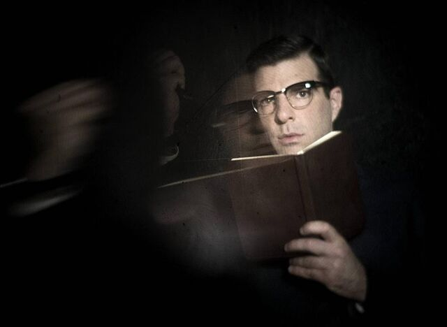 File:Asylum Promo Cast 7 Dr Thredson.jpg