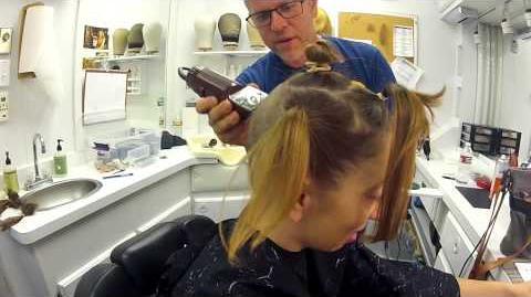 """Becoming """"Pepper"""" -- AHS' Naomi Grossman's Big Head Shave"""