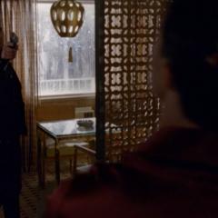 Донован убивает Руди.