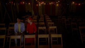 4x01 Денди и Глория пришли на фрик-шоу